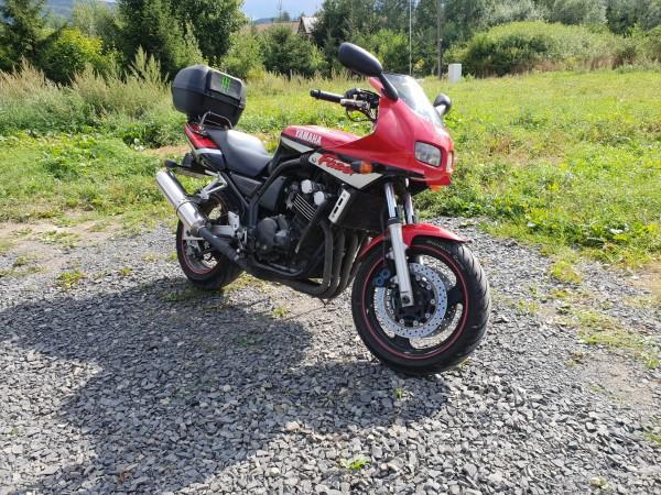 czerwony-motocykl